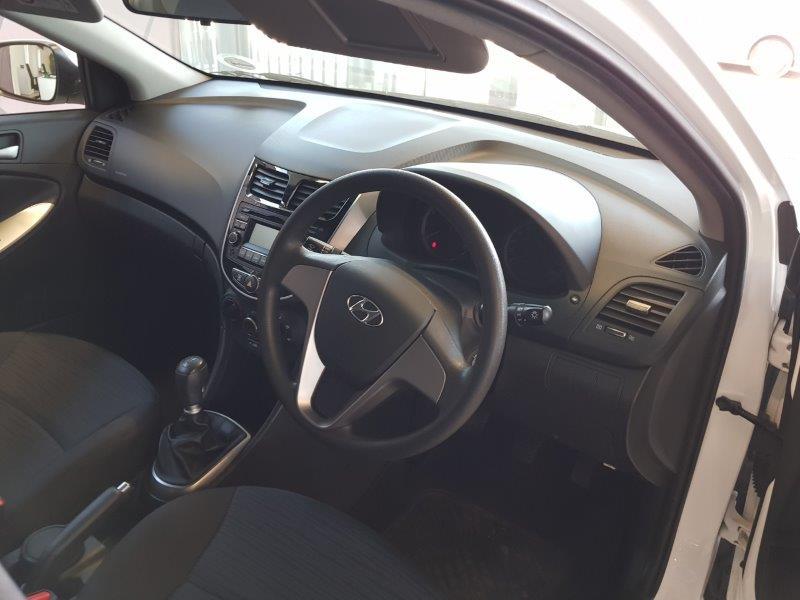 HYUNDAI 1.6 GL/MOTION Boksburg 7321401