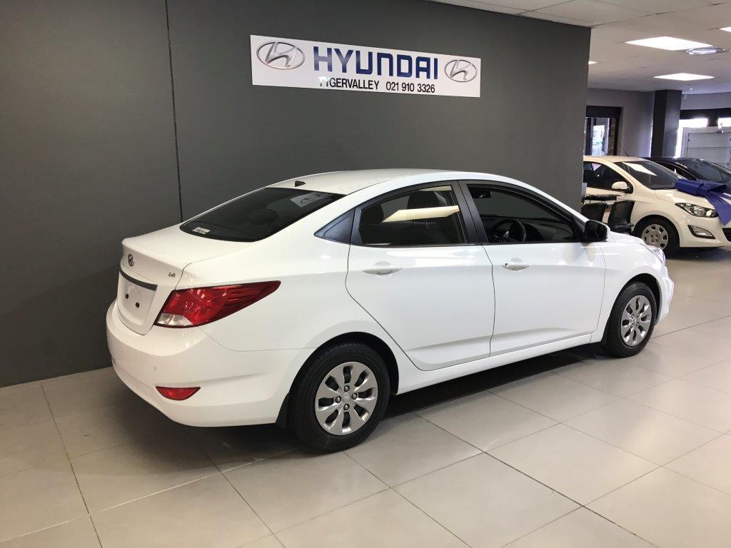 HYUNDAI 1.6 GLS/FLUID A/T Cape Town 2321812