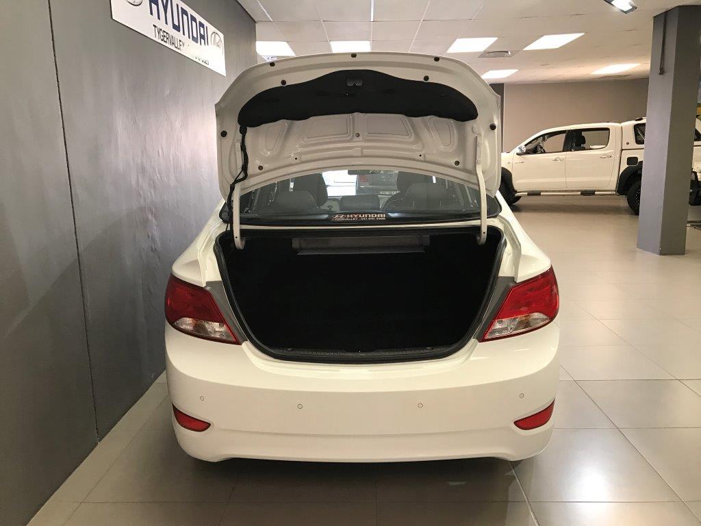 HYUNDAI 1.6 GLS/FLUID A/T Cape Town 3321812