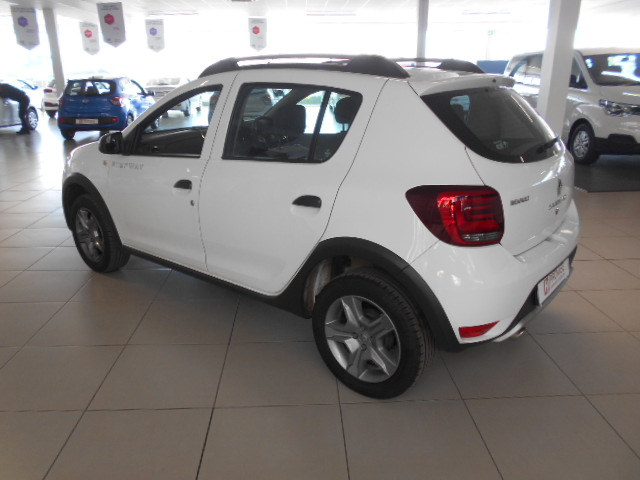 RENAULT 900T STEPWAY EXPRESSION Roodepoort 5322604