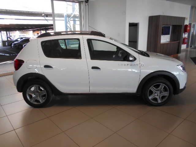 RENAULT 900T STEPWAY EXPRESSION Roodepoort 8322604