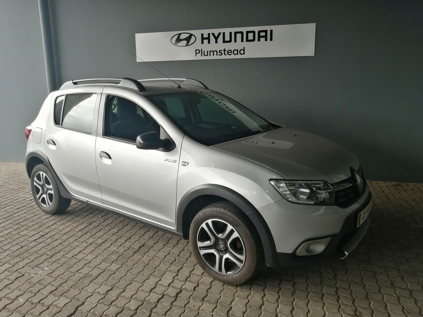 RENAULT 900T STEPWAY PLUS/TECHROAD Cape Town 0321866