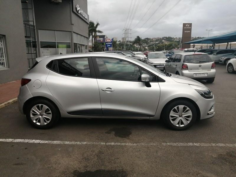 RENAULT IV 900T AUTHENTIQUE 5DR (66KW) Durban 5307756