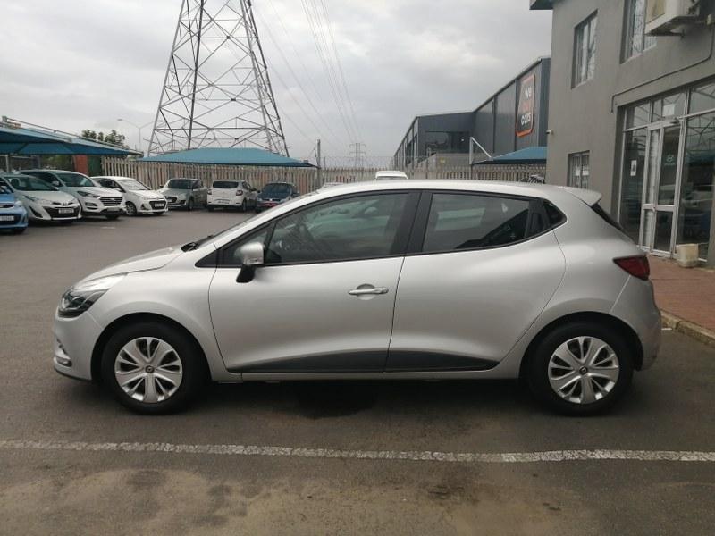 RENAULT IV 900T AUTHENTIQUE 5DR (66KW) Durban 6307756