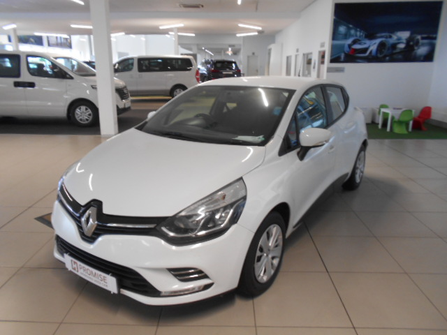 RENAULT IV 900T AUTHENTIQUE 5DR (66KW) Roodepoort 4324228