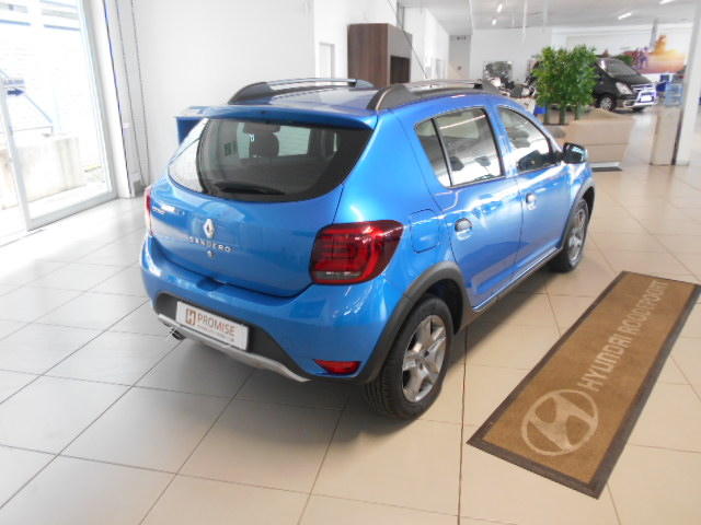 RENAULT 900T STEPWAY EXPRESSION Roodepoort 7322603