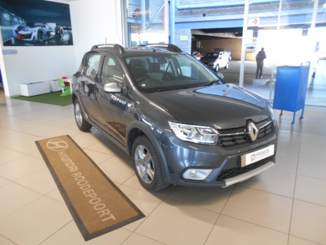 RENAULT 900T STEPWAY EXPRESSION Roodepoort 0328144