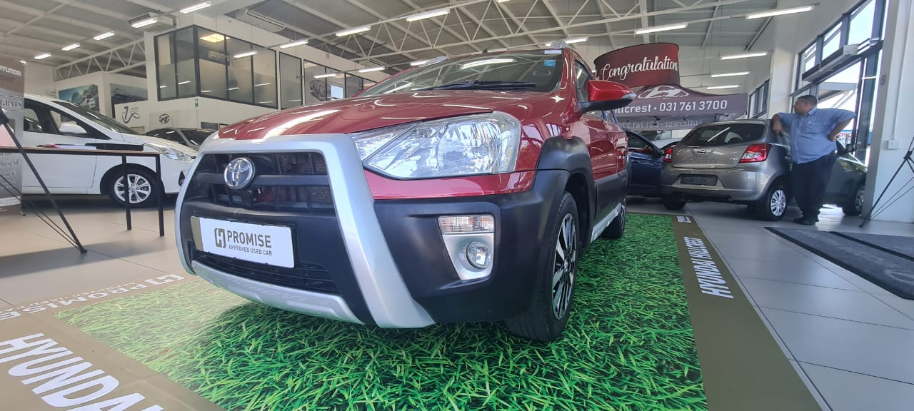 TOYOTA CROSS 1.5 Xs 5Dr Durban 17322264
