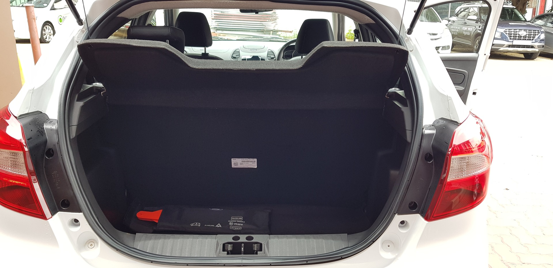 FORD 1.5Ti VCT AMBIENTE (5DR) Johannesburg 14332460