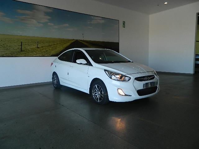 HYUNDAI 1.6 GLS/FLUID A/T Cape Town 2335379